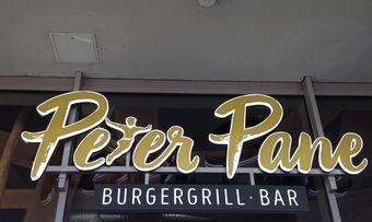 """Burgergrill, Bar und bald noch mehr – das """"Peter Pane"""" ist eines von vielen Restaurants, die ihre Angebotspalette mit neuen Produkten ergänzen wollen."""