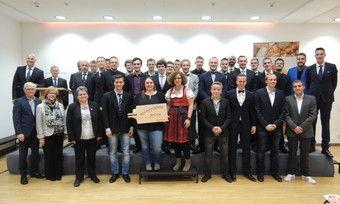 Der 33-köpfige Meisterkurs der Bundesakademie des Deutschen Bäckerhandwerks feierte in Weinheim seinen Abschluss.