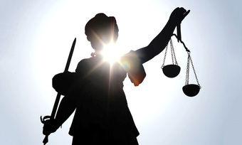 Das Oberlandesgericht Nürnberg hat der Kundin einer Bäckerei 3200 Euro Schmerzenesgeld zugesprochen.