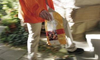 Morgengold-Kunden bekommen ihre Backwaren frisch aus der Backstube an die Haustür geliefert.