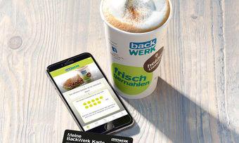 Per Karte oder Smartphone schnell und kontaktlos bezahlen.