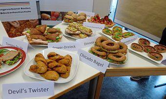 Eine Vielzahl gesunder Snacks wurde von den Schülern für die Pausenversorgung entwickelt.