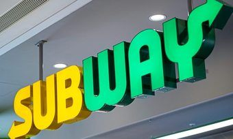 Subway lässt nun in Berlin Bestellungen testweise nach Hause liefern.