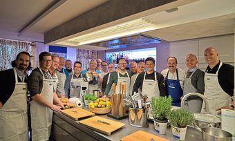 Die Brot-Sommeliers des Jahrgangs 2017 bei ihrem Abschluss mit Johann Lafer.