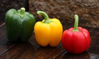 """Lebensmittelkonzerne gehen mit einer """"verträglicheren"""" Form der Nährwert-Ampel in die Offensive."""