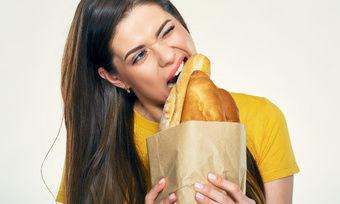 Ruinieren sich Kunden beim Biss ins Brot die Zähne, kann das dem Bäcker teuer zu stehen kommen.