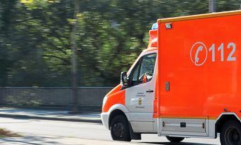 Rettungskräfte waren bei Aryzta in Eisleben vor Ort.