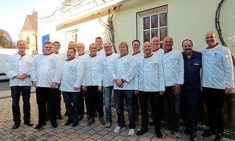 Die Brot-Sommeliers des Jahrgangs 2018 bei ihrem Abschluss mit Johann Lafer.