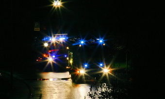 Die Feuerwehr war in Frauendorf lange im Einsatz, um den Flammen in der Bäckerei Herr zu werden. wird Opfer der Flammen.