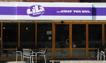 Der Lila Bäcker ist in Schieflage geraten.