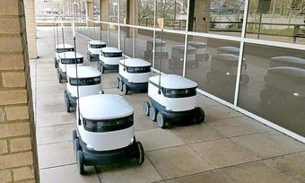 25 Lieferroboter sind teil eines groß angelegten Praxistests in den USA.