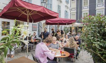 Die Pizza- und Pasta-Kette profitiert auch von Standorten mit gutem Potenzial der Außen-Gastronomie.