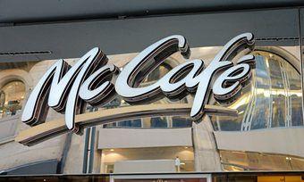 McCafé ist trotz der Schließung von zehn Standorten klar an der Spitze des Kaffeebar-Rankings.