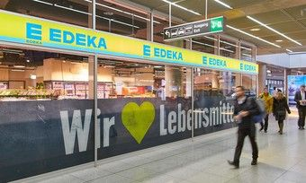 Auch Edeka will sich künftig in den Shops oder in Filialen noch stärker mit Bio profilieren.