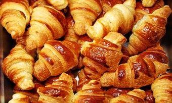 In Gebäcken wie Croissants können in hohem Maße Transfettsäuren entstehen.
