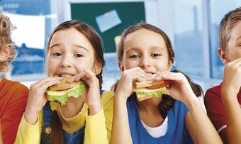 Kinder sollen in Kitas und Schulen noch mehr über die Zusammenhänge der Ernährung lernen.