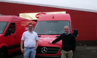 Tim Sachau Links ist auch nach der Übernahme von Zippendorfer Landbrot Betriebsleiter, des Unternehmens mit 22 Filialen. Sein Bruder Jan Sachau ist raus.