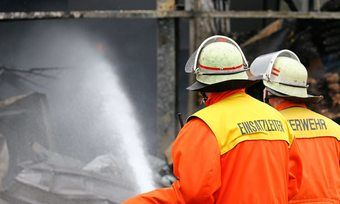 Die Freiwillige Feuerwehr konnte den Brand unter Kontrolle bringen.