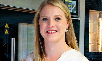 Johanna Fennhoff ist Ihre Ansprechpartnerin in Sachen Qualitätskontrolle bei Vandemoortele