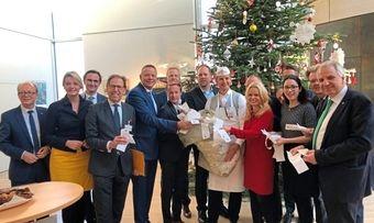 Die Vertreter des Rheinischen Bäckerhandwerks mit CDU-Landtagsabgeordneten im NRW-Landtag.