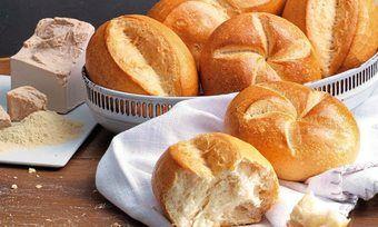 Mit mild fermentierten Vorteigen können wohlschmeckende Brötchen hergestellt werden.