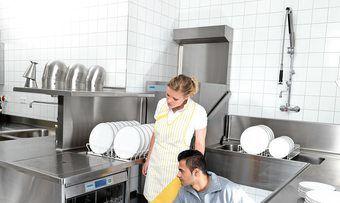 Alles klar: Für die perfekte Reinigung des Spülgutes gibt es effiziente Lösungen.