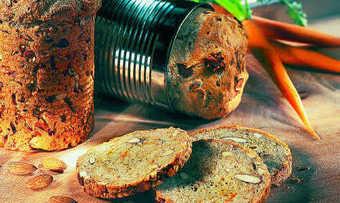 Mandeln harmonieren sowohl mit süßen als auch herzhaften Zutaten. In Massen und Teigen behalten sie ihren Biss und werten die Produkte optisch auf.