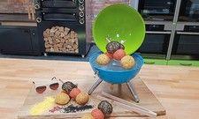 Brotsommelier Axel Schmitt aus Frankenwinheim hat zur WM mit den Meister-Spießen aus Brötchenteig zum Grillen eine originelle Rezeptur entwickelt.